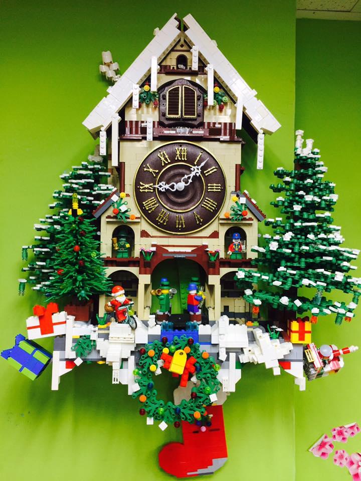 LEGO Cuckoo Clock by 李默父