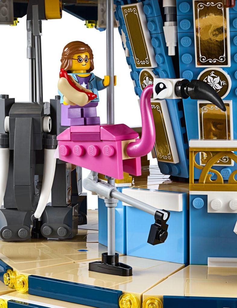 LEGO Creator Expert Carousel (10257) - Flamingo
