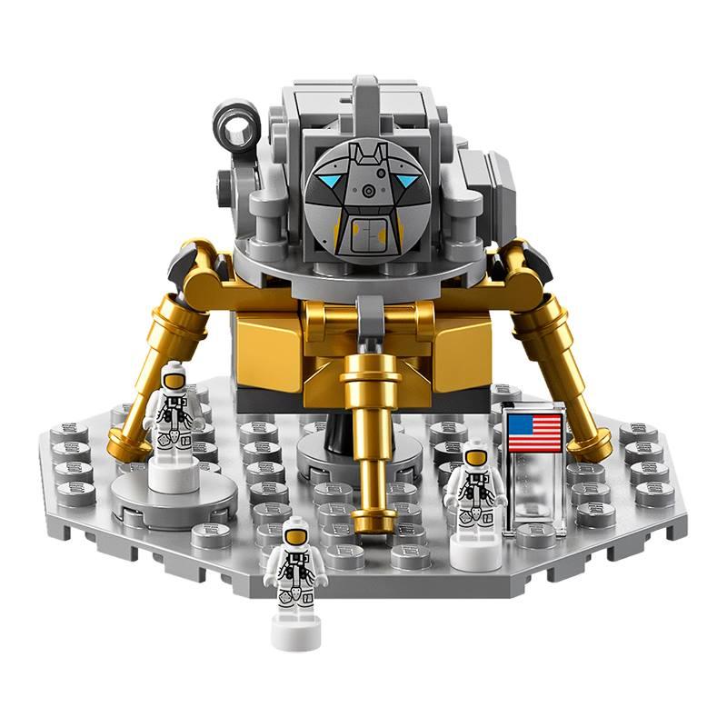 LEGO NASA Apollo Saturn V Rocket