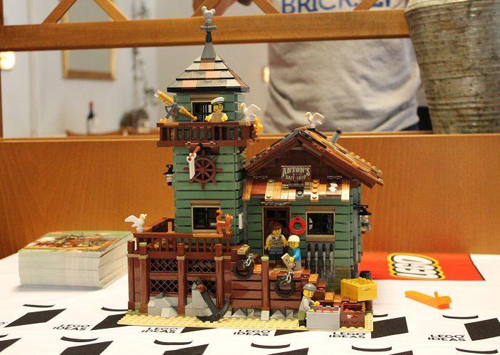 Brickfinder lego ideas old fishing store meet the fan for Lego old fishing store