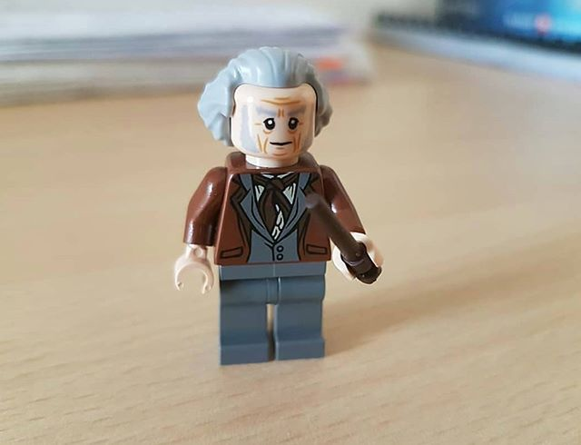 LEGO Diagon Alley 40289 02