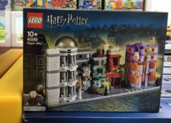 lego-harrypotter-40289-diagonalley1