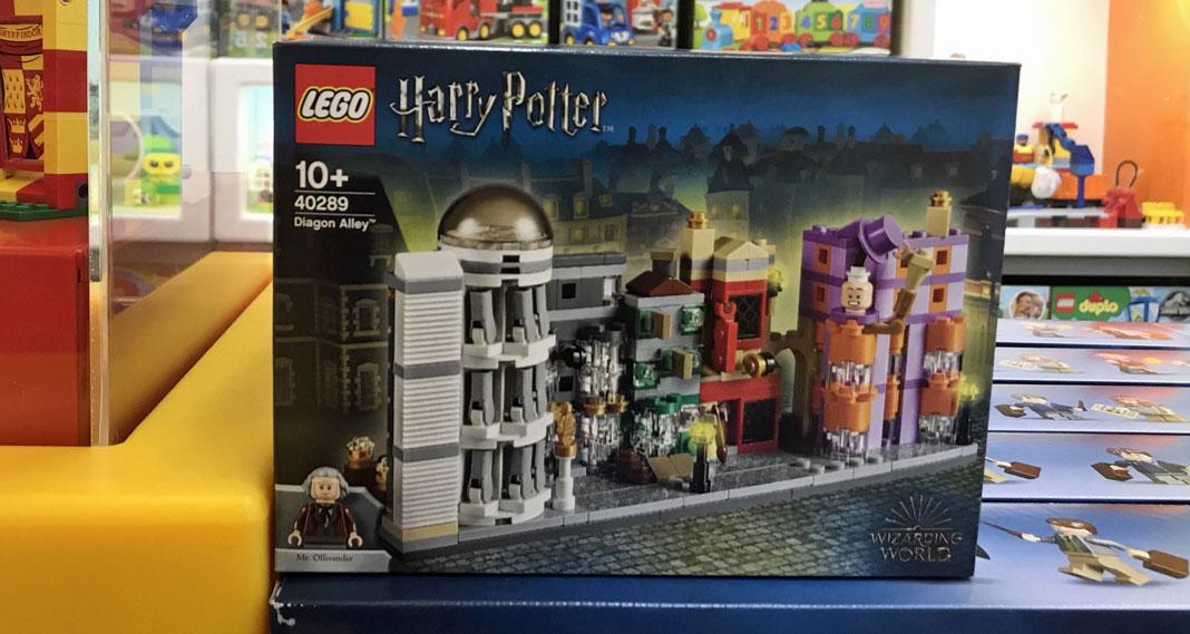 lego-harrypotter-40289-diagonalley1
