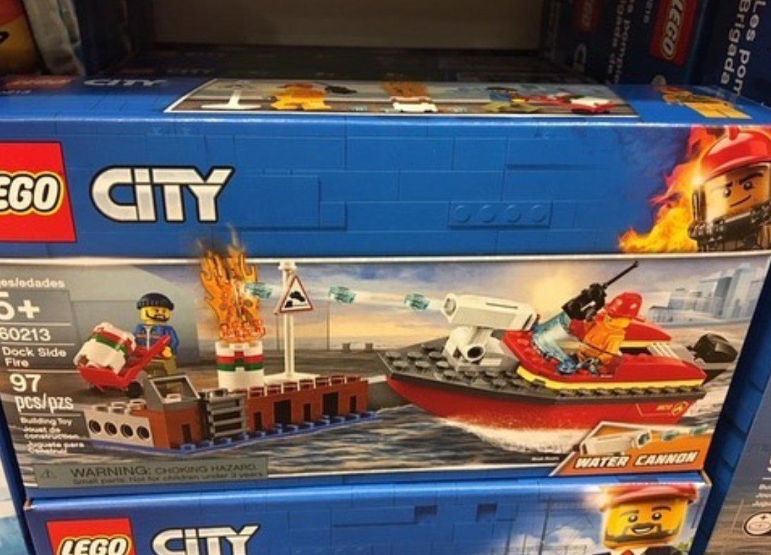 Dock Side Fire (60213)