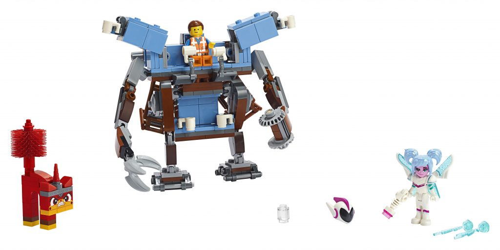70842-LEGO-MOVIE-2-Emmets-Triple-Decker-Couch-Mech-05