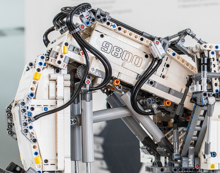 lego-422100-technic-liebherr-bauma6
