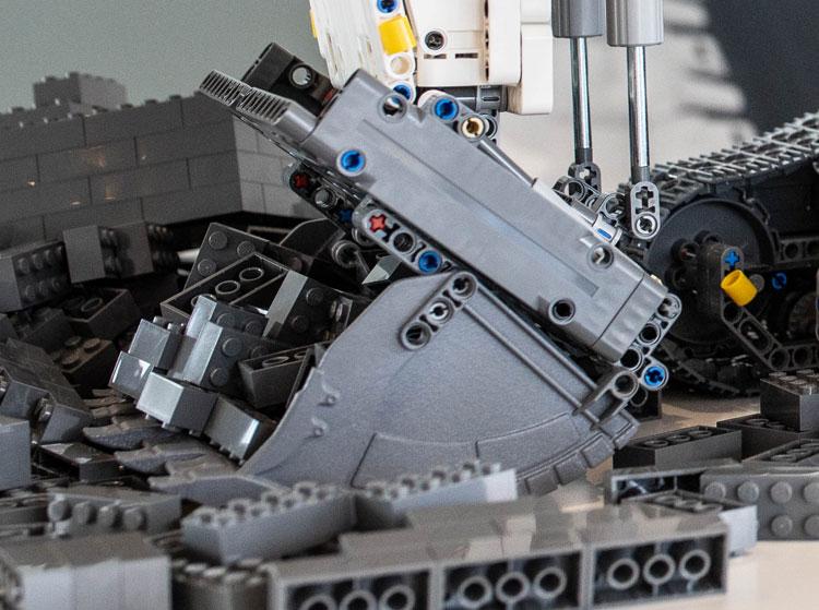 lego-422100-technic-liebherr-bauma7
