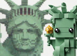 LEGO-statue-of-liberty-brickheadz