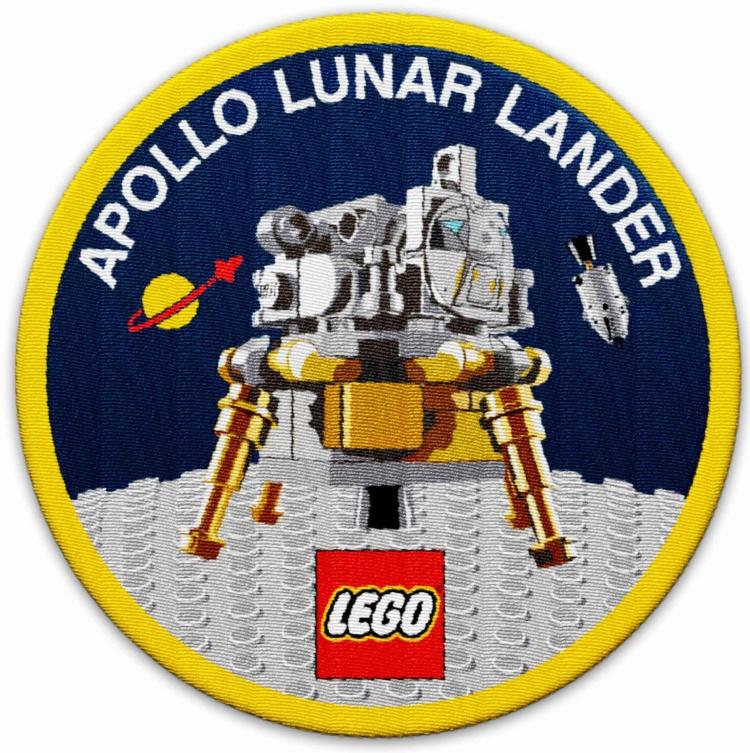 lego-apollo-lunar-lander-10266-patch-0002