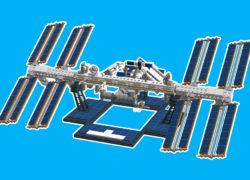 LEGO-Ideas_ISS_brickfinder_bricking_winner