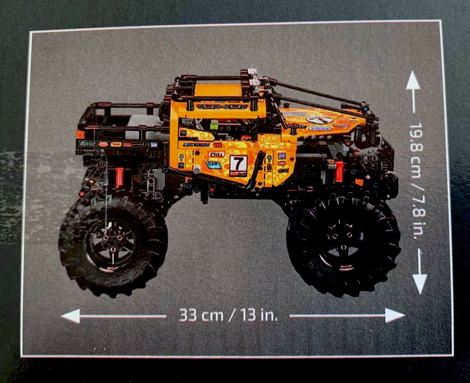 LEGO-Technic-4x4-X-Treme-Off-Roader-(42099)-brickfinder-08
