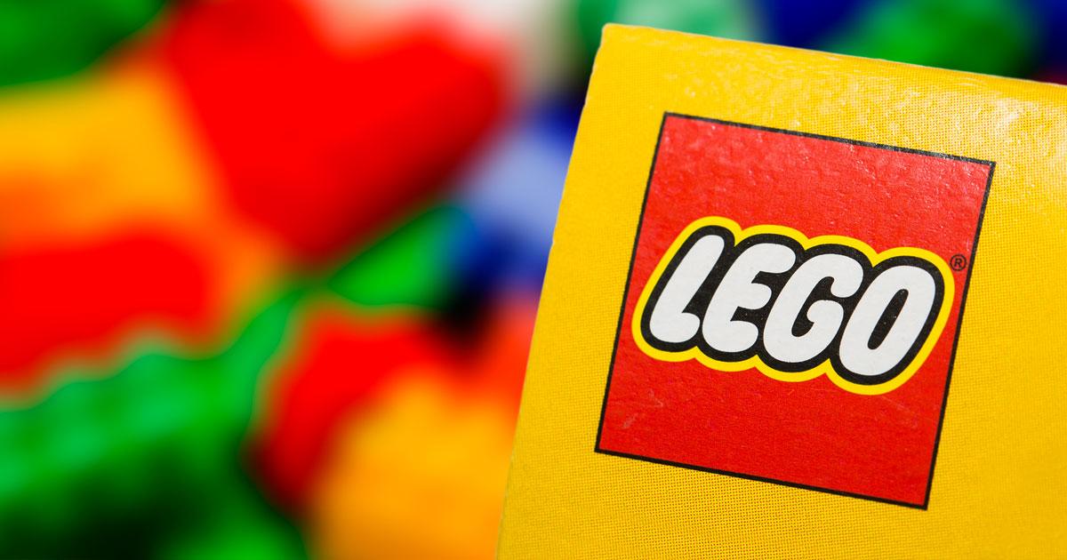 retired-lego-01