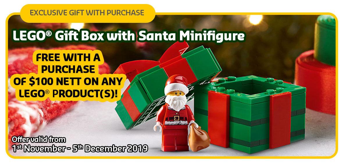 santa-with-gift-box