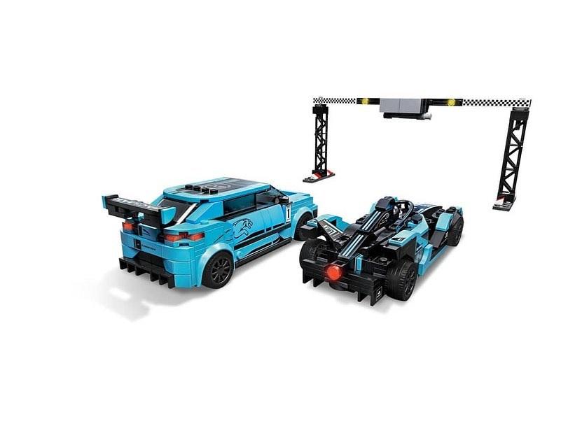 LEGO Speed Champions Formula E Panasonic Jaguar Racing Gen 2 & I-PACE eTROPHY (76898) - 03
