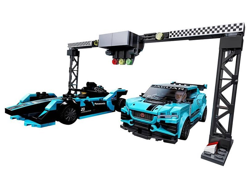LEGO Speed Champions Formula E Panasonic Jaguar Racing Gen 2 & I-PACE eTROPHY (76898) - 04