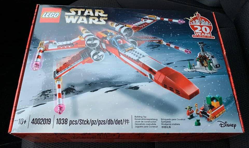 lego-xmas-xwing-gift---01